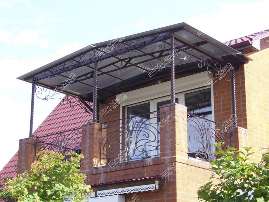 Козырек на балкон своими руками: виды, материалы изготовлени.